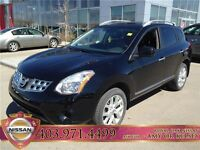 2012 Nissan Rogue SL **Heated leather, surround view monitor**