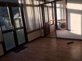 4/5 BEDROOM HOUSE ILFORD / AVAILABLE NOW / 0208 514 5737