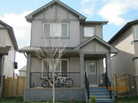 3 beds and 2.5 bathrooms house rent immediately