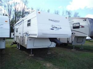 2006 Springdale 242RE 5th Wheel Trailer with LARGE Slideout