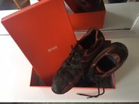 Second Hand Hugo Boss trainers. Barely used, good condition.