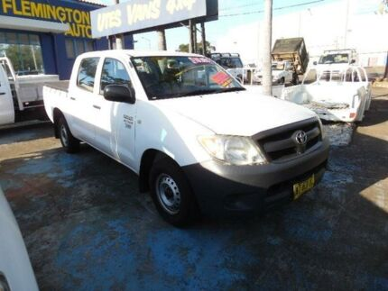 2005 Toyota Hilux TGN16R Workmate White 5 Speed Manual Dual Cab Pick-up