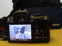 Pentax KR DSLR with twin zoom lenses and 50mm f1.7 prime lenses - a bargain at £220