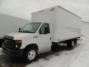 2008 Ford F350  Cube Van  16 FOOT BOX ROLL UP DOOR!!