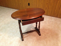 #18 Antique Oval One drawer table