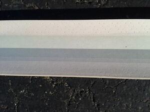coin de mur 135 degré avec plate de métal pour joints de gypse