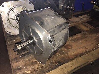 Nachi AC Servo Motor, TS4144N11E36, 1100W, 3000 RPM, Used, 90 DAY WARRANTY