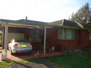 House, Flat, 2 Acres with Greenhouse Shed ! Badgerys Creek Liverpool Area Preview