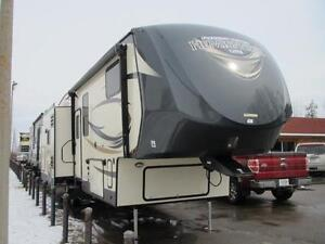 2016 HEMISPHERE 276RLIS-5TH WHEEL- 36' STEAL @ TOWN & COUNTRY RV