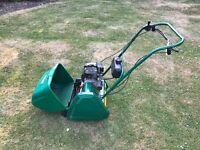 Qualcast Classic 35s Self propelled petrol lawnmower