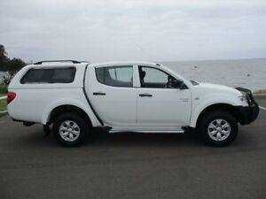 2010 Mitsubishi Triton MN MY10 GL-R (4x4) White 5 Speed Manual Dual Cab Utility Horsley Wollongong Area Preview
