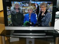 "Sony KDL37EX524 37"" FULL HD 1080P LCD TV WITH FREEVIEW HD. SECOND HAND, 6 MONTH WARRANTY."