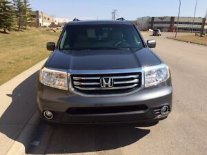 2013 Honda PILOT SUV. Lots of room/features! One Owner! Seats 7