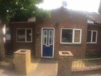 Prestige Move are proud to present a 3 bed flat near Luton Town Centre *Utilities Bills Included*