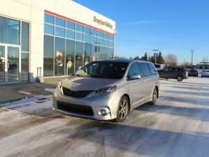 2017 Toyota Sienna Leather, roof, DVD
