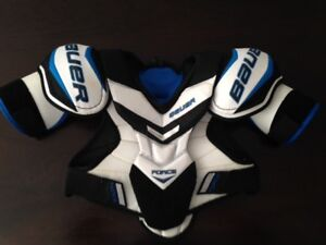 Bauer Jr Large Supreme Force Shoulder Pads - Used 1 Season