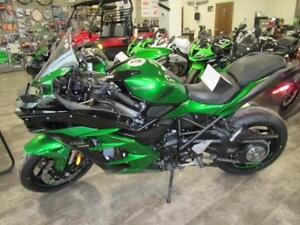 Coopers Motorsports Demo Clear out on 2018 Kawasaki's, Save $$$$
