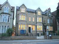 4 bedroom flat in Iffley Road, Oxford,