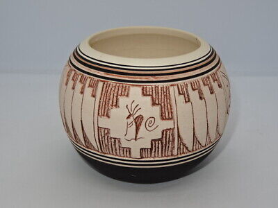 Collectable Huskeniene Pottery Hand Thrown Navajo Etched Pot Bowl Lawrence Crank