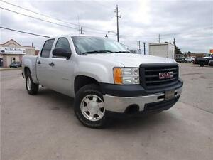 2011 GMC Sierra 1500 4X4, 4 DOOR, CLEAN CARPROOF 416-742-5464