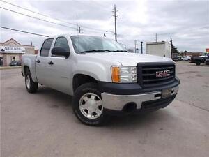 2011 GMC Sierra 1500 4X4, 4 DOOR, CLEAN CARPROOF 416-742-5464