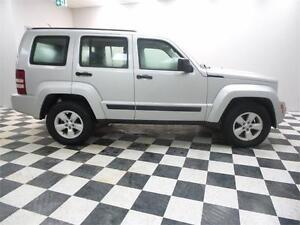 2010 Jeep Liberty SPORT 4WD -