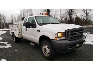 2004 Ford F-450 4X4 DUALS DIESEL SERVICE BODY 136,000 KM $19,900 Prince George British Columbia image 4