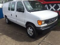 2003 Ford E-250 CARGO VAN > 4.2L V6 > LOW LOW KMS!!!