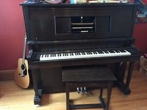 Player piano  and 200+ rolls