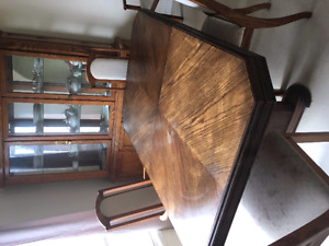 Solid oak with leaf table