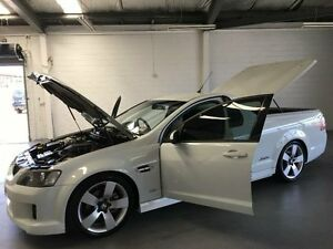 2010 Holden Commodore VE MY10 SS White 6 Speed Manual Utility Frankston Frankston Area Preview