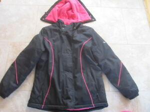 Women`s Size M Athletic Works Winter Jacket & Cougar Boots