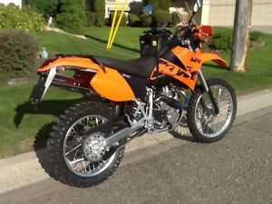 Mint condition ktm 640 adventure lc4 dualsport.. street legal