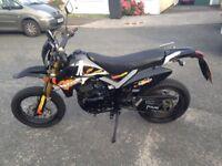 Pulse Adrenalline 125cc Supermoto