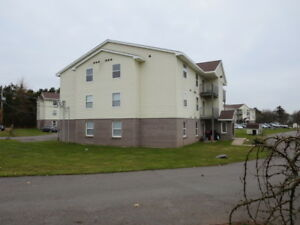 Wallace Living- Lovely Adult All Inclusive Apartment