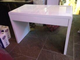 White modern table/desk/dressing table