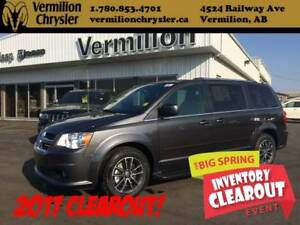 2017 Dodge Grand Caravan SXT Premium Plus, Power Sliding Doors/H