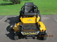 Hydrostatic Zero-Turn Residential Riding Mower (Cub Cadet)