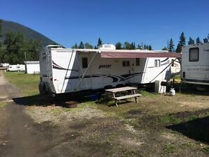 29 Foot Trailer for Rent  in beautiful sandy beach resort