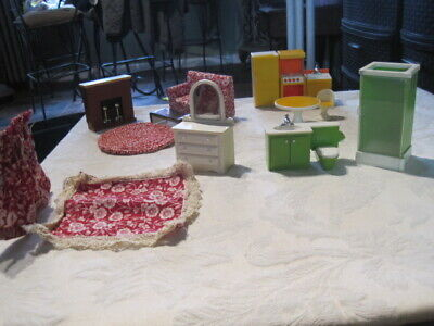 Fisher Price Dollhouse Lot (A) ~ Furniture & Accessories Vintage 1970's