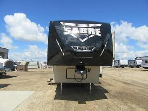 2017 32 FT FOREST RIVER RV SABRE LITE 28BH5TH WHEEL
