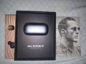 SOL REPUBLIC Amps Air In-Ear Sound Isolating Bluetooth Headphone