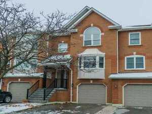 Prime Westmount Area! Fabulous,Large&Bright Townhome: 3 Bdrm/4 W