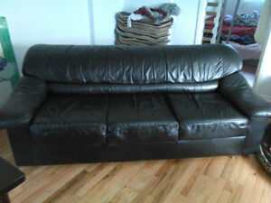 Beautiful Black Leather COUCH--Free Delivery in HRM