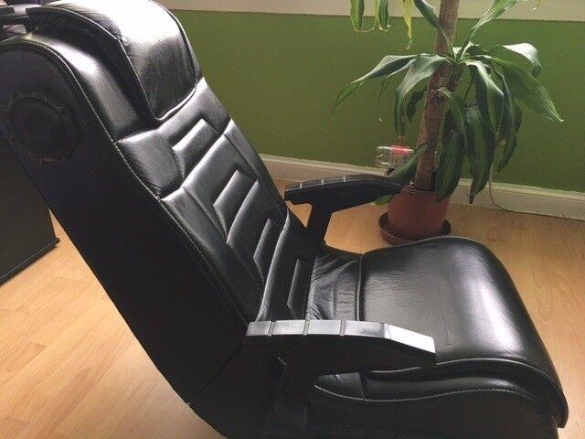 Gaming chair X-Rocker.