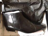 Jean Louis Scherrer Black (Cuir Noir) Size 43 Men's Boots - Unworn in Box