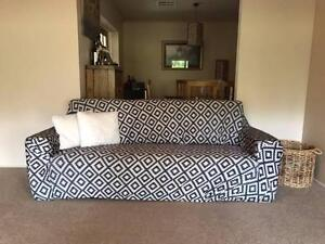3 seater lounge suite Aldgate Adelaide Hills Preview