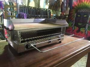 Electric Hot Plate and Toaster - 700mm x 410mm NEW Geelong Geelong City Preview