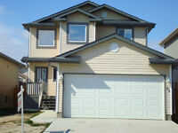 *** AVAILABLE NOW....BEAUTIFUL 3 BEDROOM IN LEDUC***