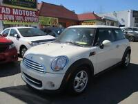 2011 MINI Cooper Hardtop Classic- 70 KM- APPROVED FINANCING!